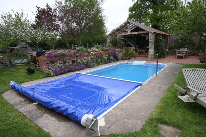 Product Safety Swimming Pools : Portland pool products safety cover system